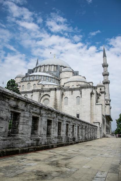 Mesquita suleymaniye está localizado em istambul, turquia Foto Premium