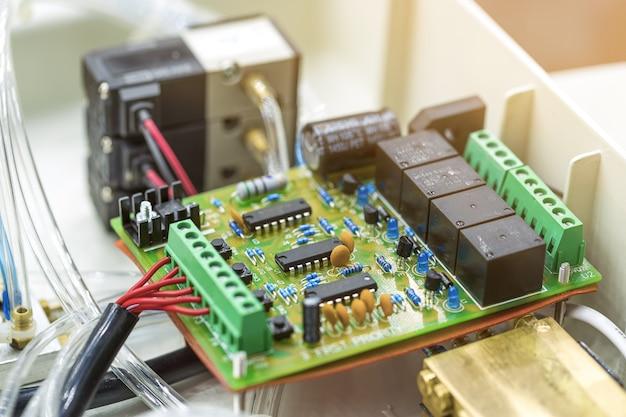 Microchip / microprocessador semicondutor integrado Foto Premium