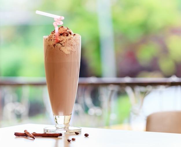 Milk-shake de chocolate Foto Premium
