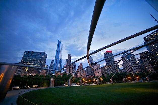 Millennium park: cidade de chicago Foto gratuita