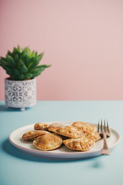 Mini panquecas holandesas Foto Premium