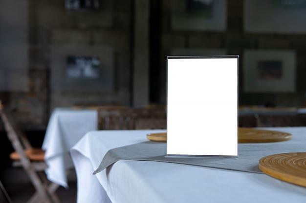 Mock-se objeto de menu no café e restaurante Foto Premium