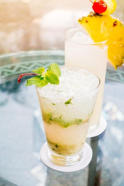 Mocktails de vidro Foto gratuita