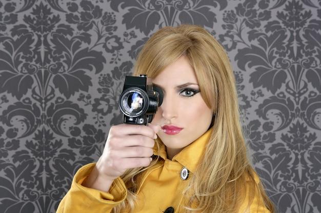 Moda super 8mm camera repórter mulher vintage Foto Premium