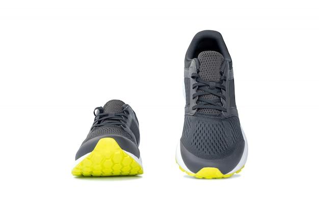 Moda, tênis de corrida, sapatos isolados no fundo branco Foto Premium