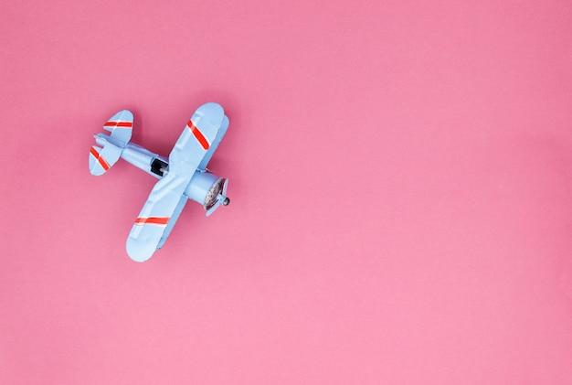 Modelo de avião, avião na cor pastel Foto Premium