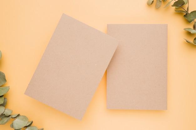 Modelo de cartão de convite de casamento lindo Foto gratuita