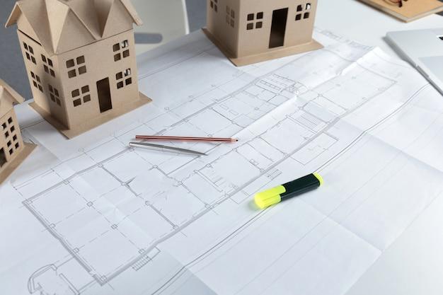 Modelo de plano de casa e modelo conceito para novo design ou melhoria home Foto Premium