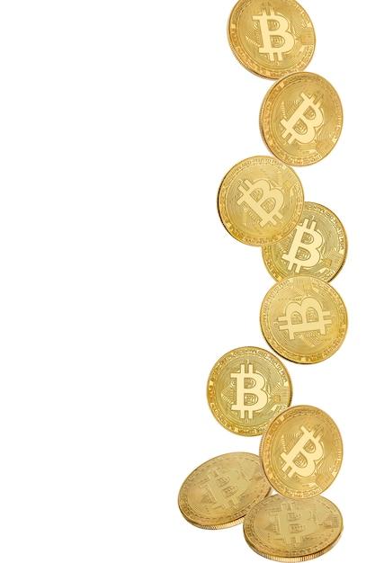 Moeda de ouro de bitcoin em levitação em branco Foto Premium