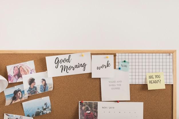 Moldura com fotos, calendário e notas Foto gratuita