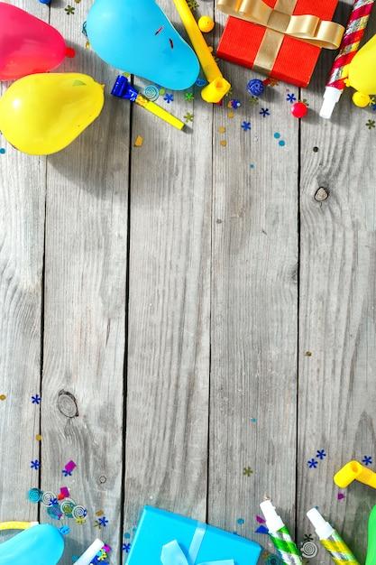 Moldura decoração festa vista superior padrão festa de aniversário plana leigos Foto Premium