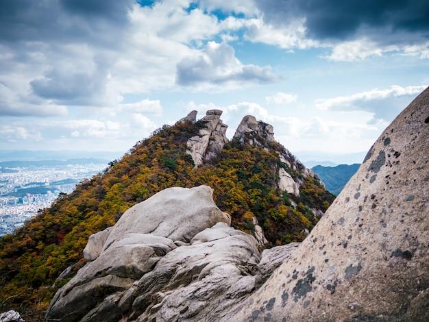 Montanha mais alta de seul Foto Premium