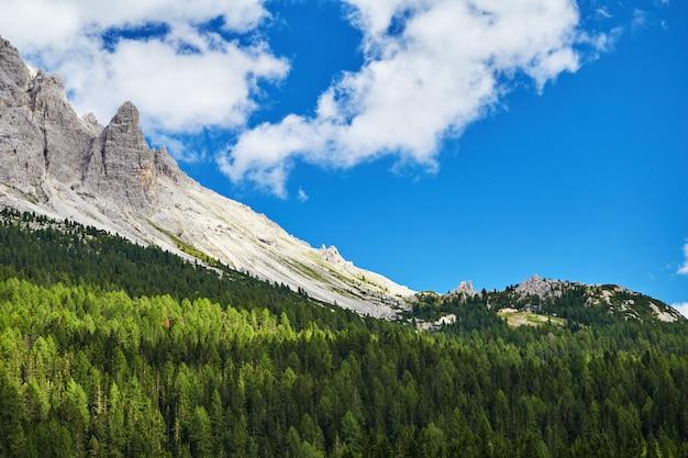 Montanhas dolomitas Foto Premium