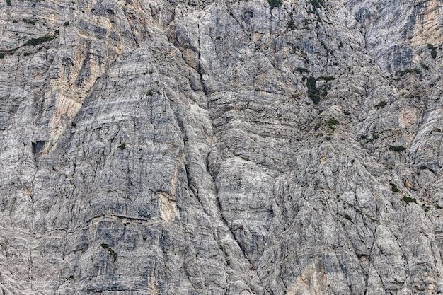 Montanhas rochosas nos alpes Foto Premium