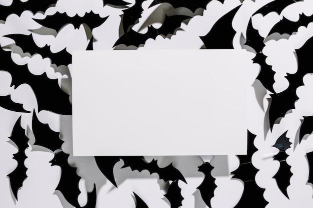 Morcegos negros de Halloween com pedaço de papel | Baixar fotos ...