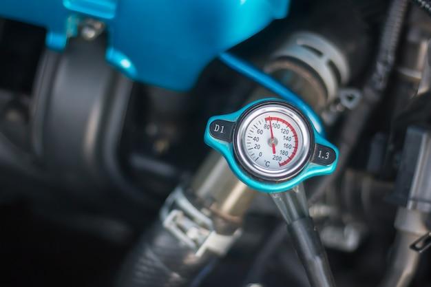Motor de carro, dirigindo Foto Premium