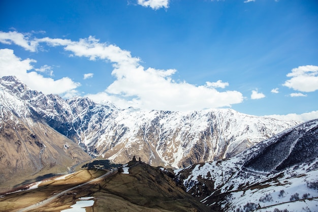 Mtskheta, região de mtianeti na geórgia Foto Premium