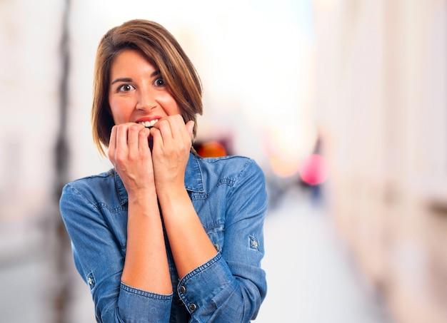 Resultado de imagem para mulher aterrorizada