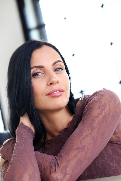 Mulher bonita Foto gratuita