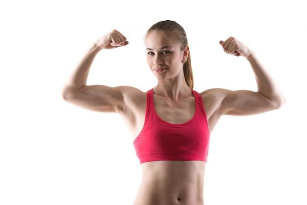 Mulher com os braços fortes Foto gratuita