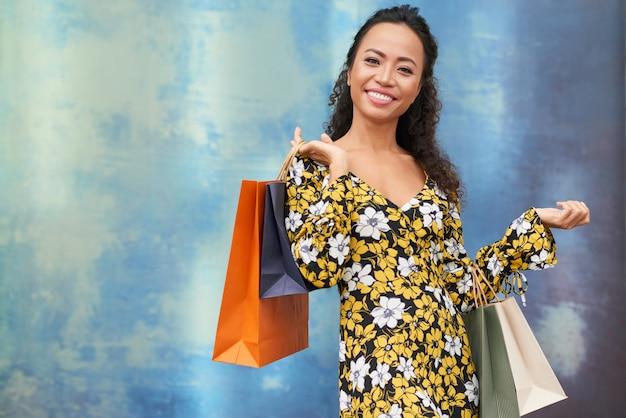 Mulher compra Foto gratuita