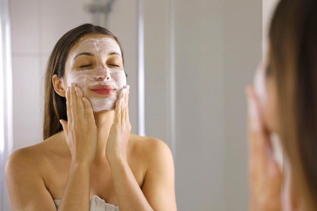 as melhores loções de limpeza facial