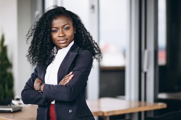 Mulher de negócios americano africano Foto gratuita