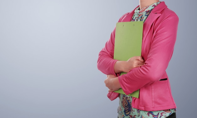 Mulher de negócios asiáticos com prancheta Foto Premium