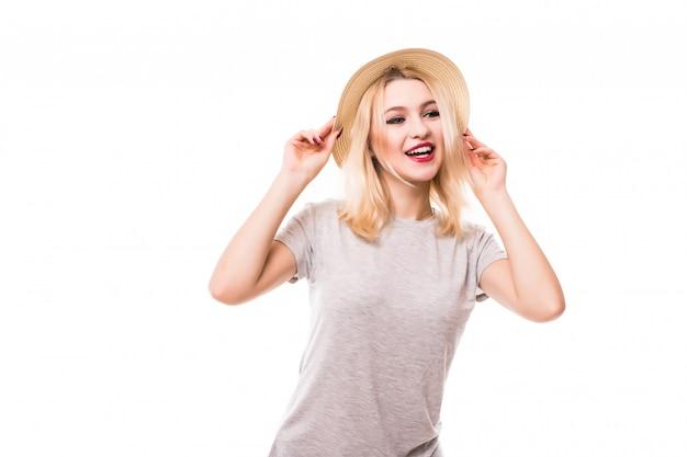 Mulher feliz verão brilhante chapéu isolado Foto gratuita
