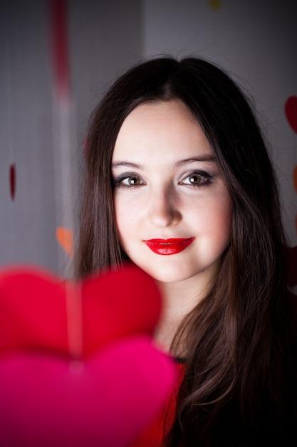 Mulher no dia dos namorados Foto Premium