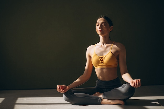 Mulher, prática, ioga Foto gratuita