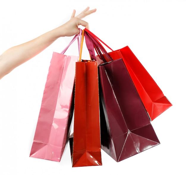Mulher segurar bolsa depois de fazer compras Foto Premium