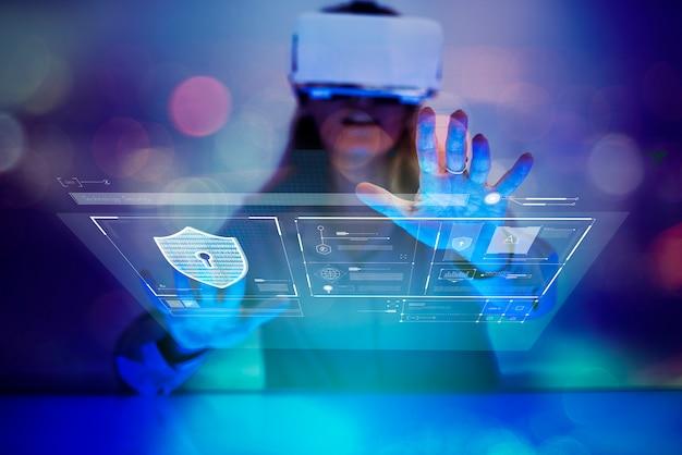 Mulher tendo uma experiência de realidade virtual Foto Premium