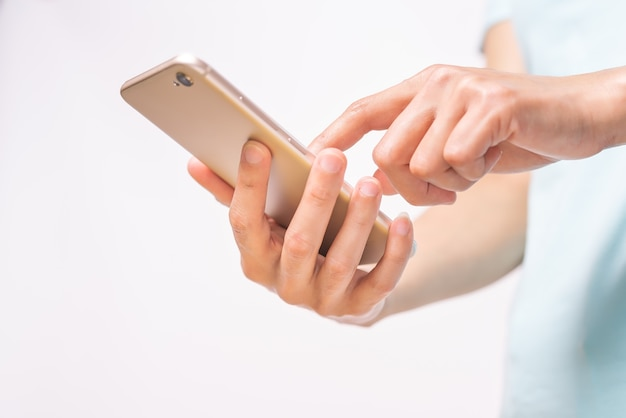 Mulheres compras on-line no negócio de smartphone e moderno conceito de estilo de vida Foto Premium