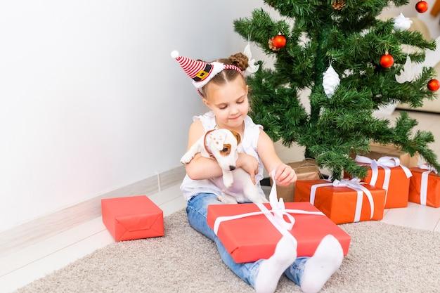 Natal, animais de estimação e conceito de férias Foto Premium