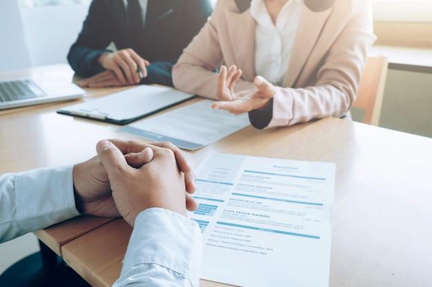 Negócios, conceito de entrevista de emprego. Foto gratuita