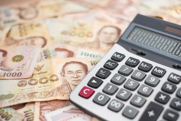Nota de baht tailandês. negócios, investimento, finanças Foto Premium