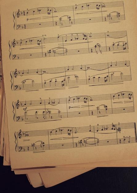 Notas musicais Foto gratuita