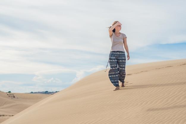 O calor no deserto Foto Premium