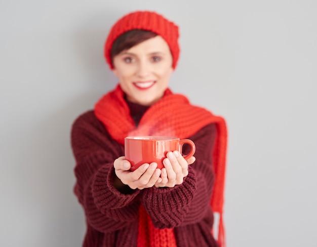O chá quente é melhor no inverno Foto gratuita