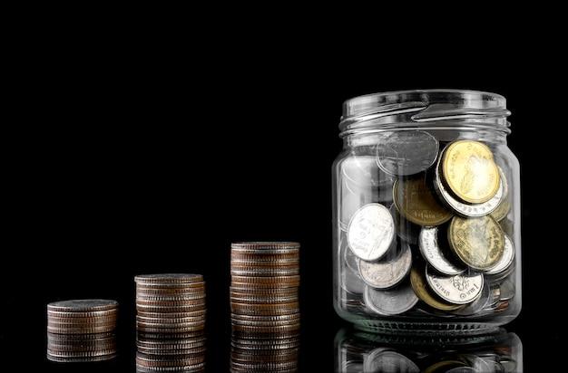 O conceito de poupança de investimento Foto Premium