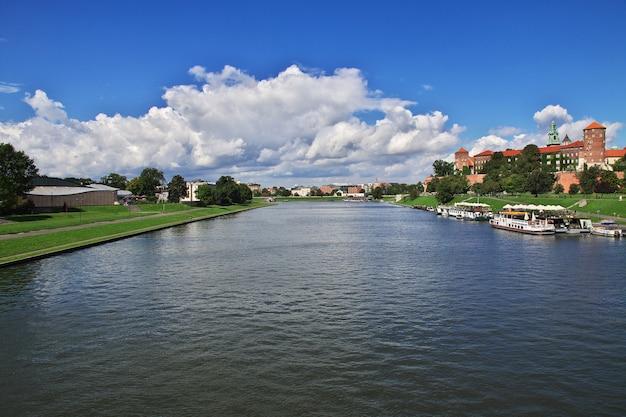 O rio vístula em cracóvia, polônia Foto Premium