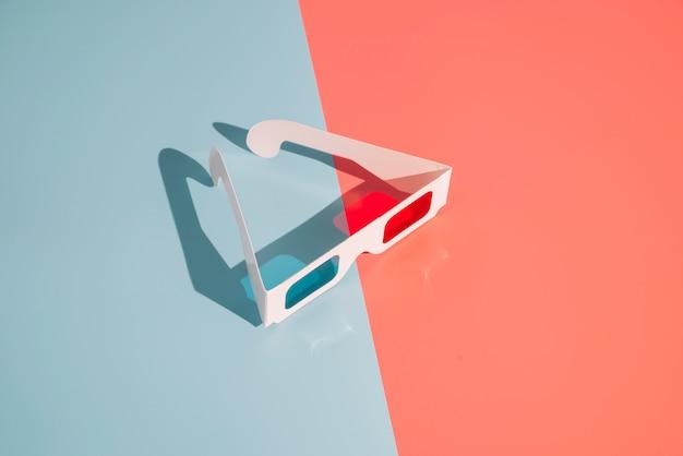 Óculos de cinema 3d Foto gratuita