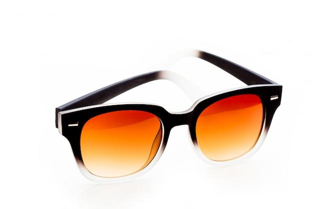 Óculos de sol, isolado no fundo branco Foto Premium