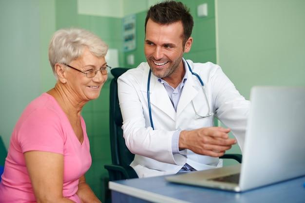 sistema de clínica médica