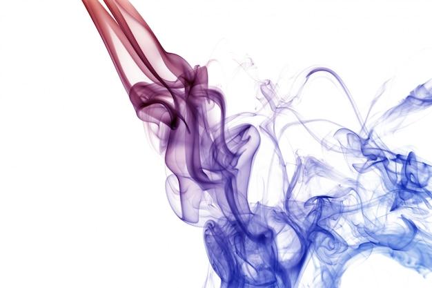 Onda e fumaça de cores diferentes isolado no branco Foto Premium