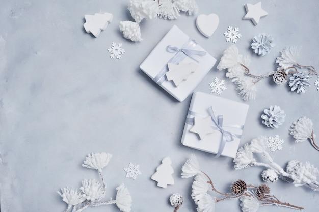 Ornamentos de inverno branco Foto Premium