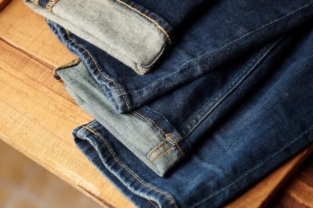 Os detalhes de tecido jeans azul Foto gratuita