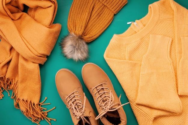 Outono confortável, compras de roupas de inverno Foto Premium