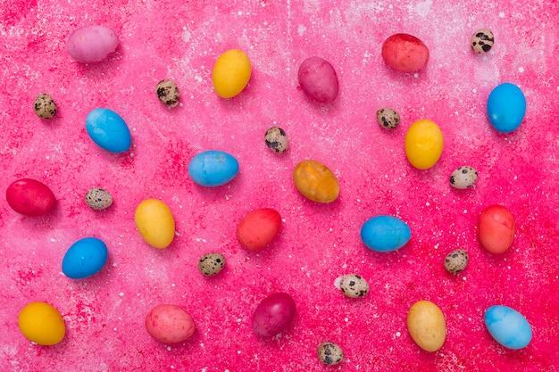 Ovos pintados abstratos Foto gratuita